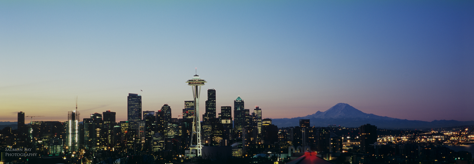 1600 x 555 seattle skyline
